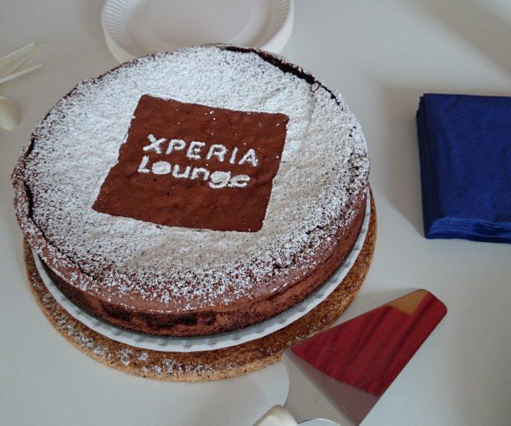 Sony Xperia Lounge cake